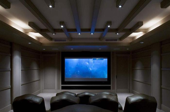 西安哪有山水家庭影院?什么样的房间适合家庭影院?