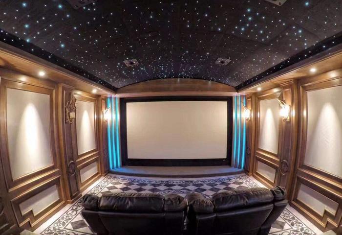 家庭影院四个8寸喇叭多少瓦?家庭影院天花板怎么简单装修?